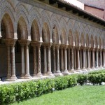 A line of twin columns in the cloisters of Monreale.