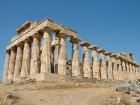 An impressive Greek temple in Selinunte