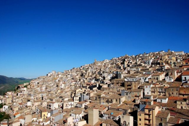 Prizzi , beautiful village in Sicily / Dreamsicilyvillas